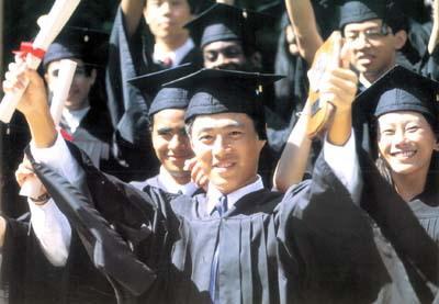 江西学历提升成人高考比自考难度低